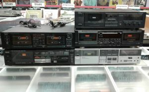 cassettes-tape-player-cassettedeck-deck-gerosa-records