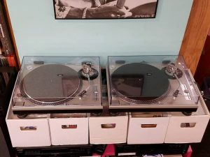 technics-sl1200-mk2-vinyl-music-gerosa-records-turntable-vintage